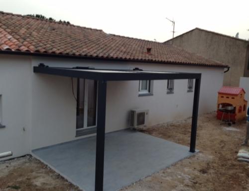 Création d'une Terrasse avec pergola et dallage en pavés