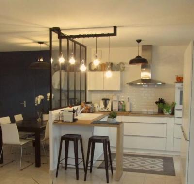 relooking d 39 un espace cuisine salle manger avec verri re. Black Bedroom Furniture Sets. Home Design Ideas