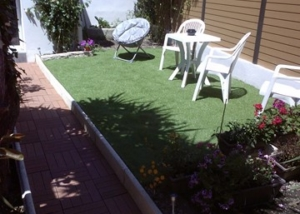 Relooking terrasse et jardin à Istres