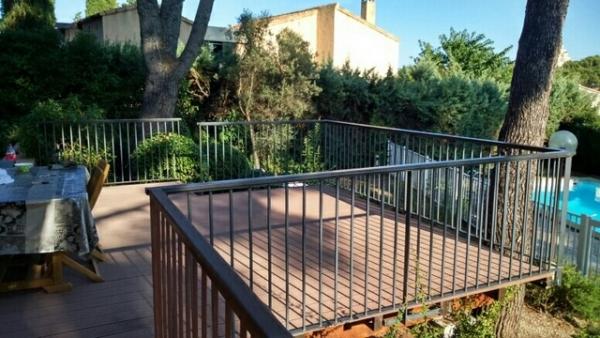 Terrasse surélevée à Martigues